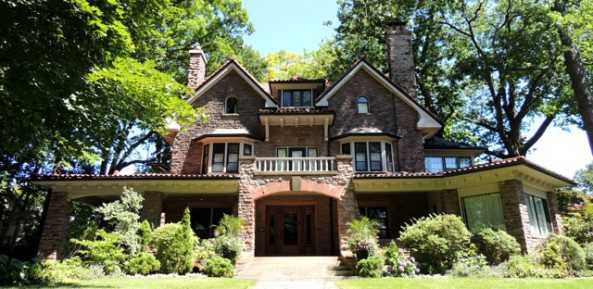 Arts And Crafts Homes, Derived From The Arts And Crafts Movement, Began  With The Red House In England, Designed By Architect Philip Webb In 1860  For William ...